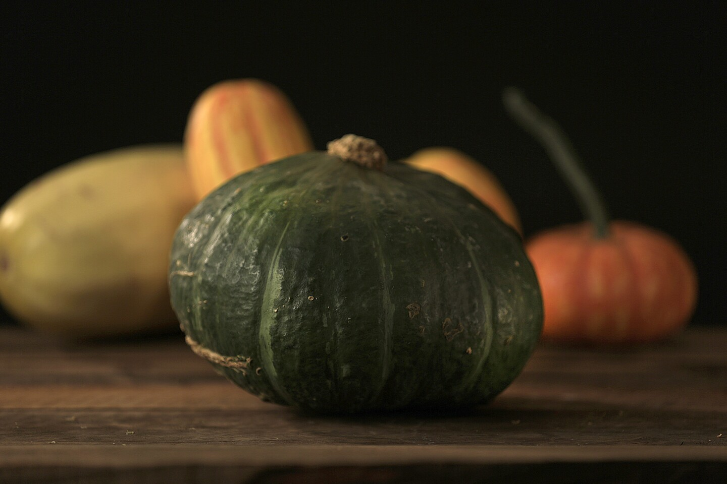 "Buttercup: This squash looks like a kabocha, but on the underside there is a telltale ""cup"" or ridge around the blossom scar. The flavor is mild; the texture is dense."