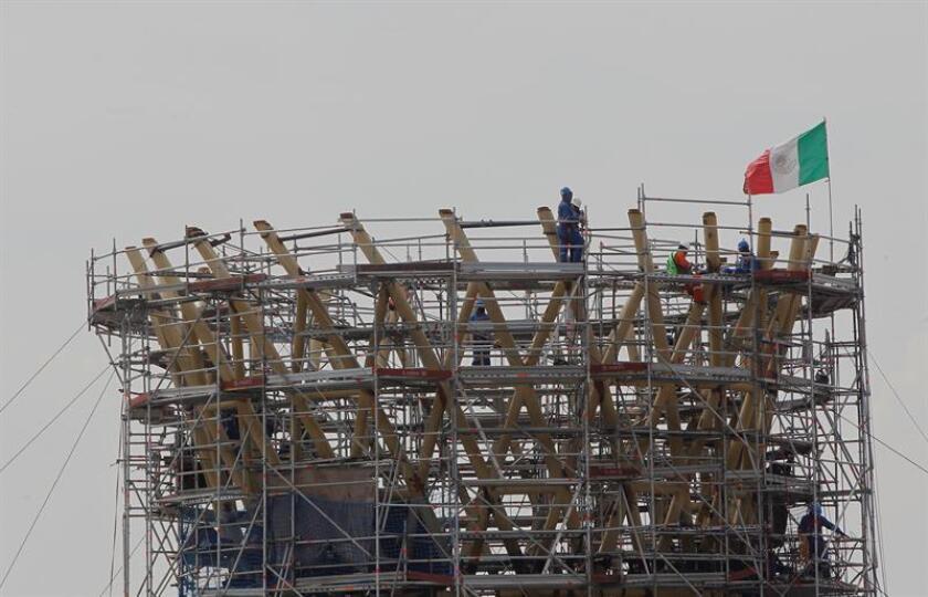 Por componentes, los gastos en construcción disminuyeron 0,3 % en 2018, mientras los realizados en maquinaria y equipo aumentaron 1,8 %, reportó este viernes el Instituto Nacional de Estadística y Geografía (Inegi). EFE/Archivo