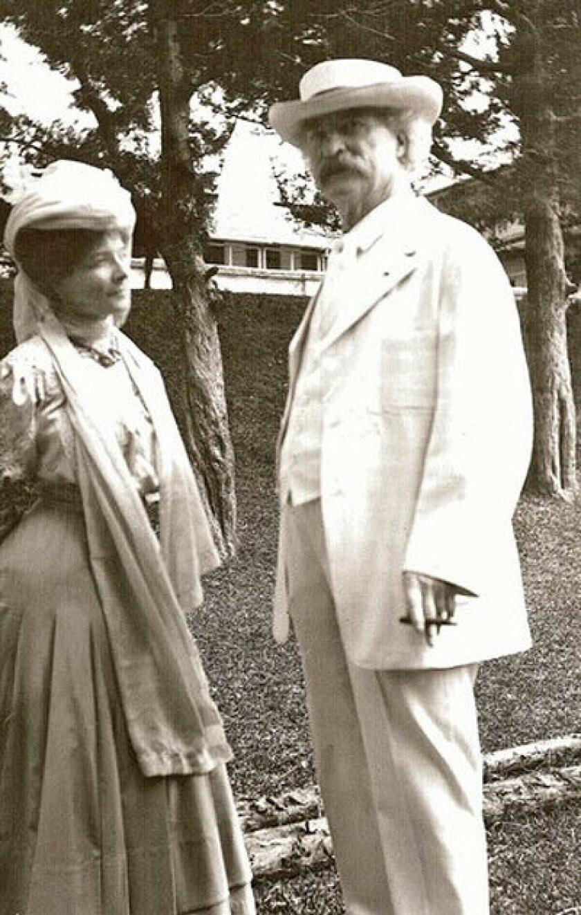 Mark Twain and Isabel Van Kleek Lyon.