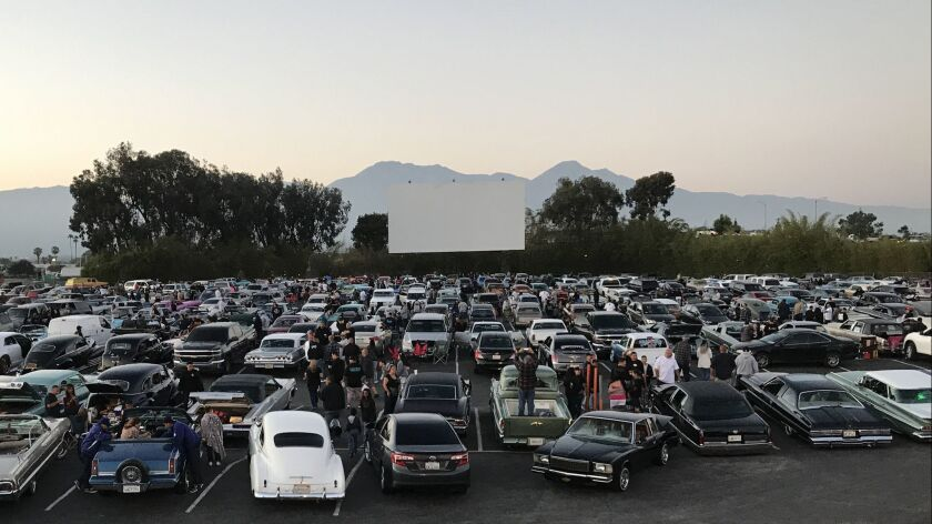 Drive Ins In The West Where You Can Still Catch Movies Under The Stars Los Angeles Times