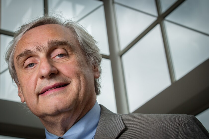Alex Kozinski, an influential federal appeals court judge, said that the nation's third lethal injection execution to go awry in six months underscores his call to bring back firing squads.