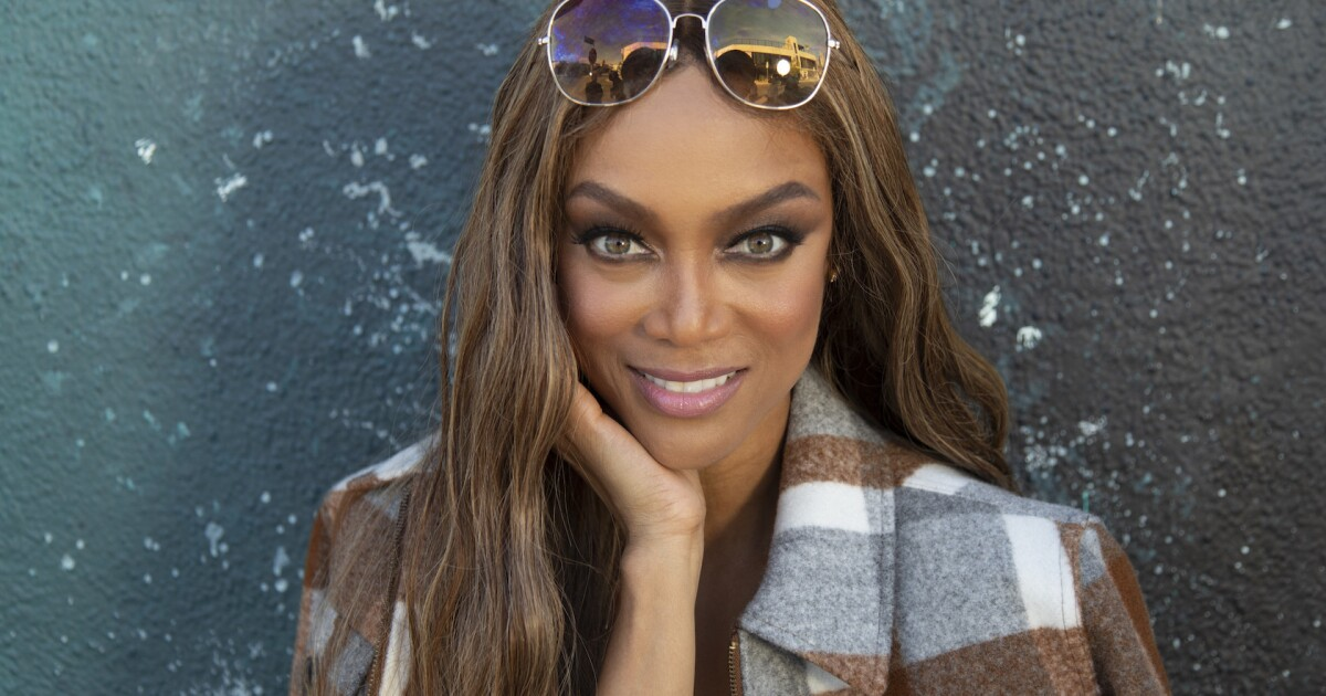 Tyra Banks in, Tom Bergeron out as 'Dancing With the Stars' host | Los Angeles Times