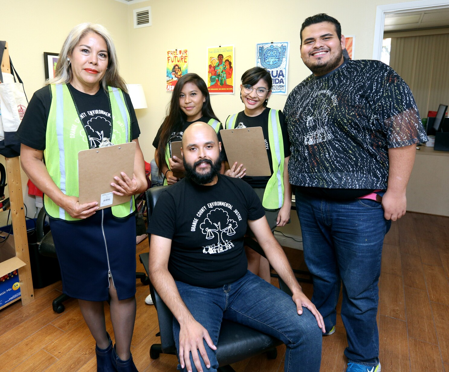 Toxic soil in Santa Ana? Community groups are working with UC Irvine to find out