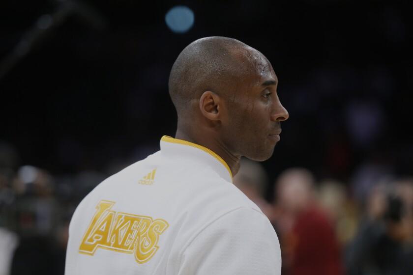 Kobe Bryant's retirement announcement draws comments