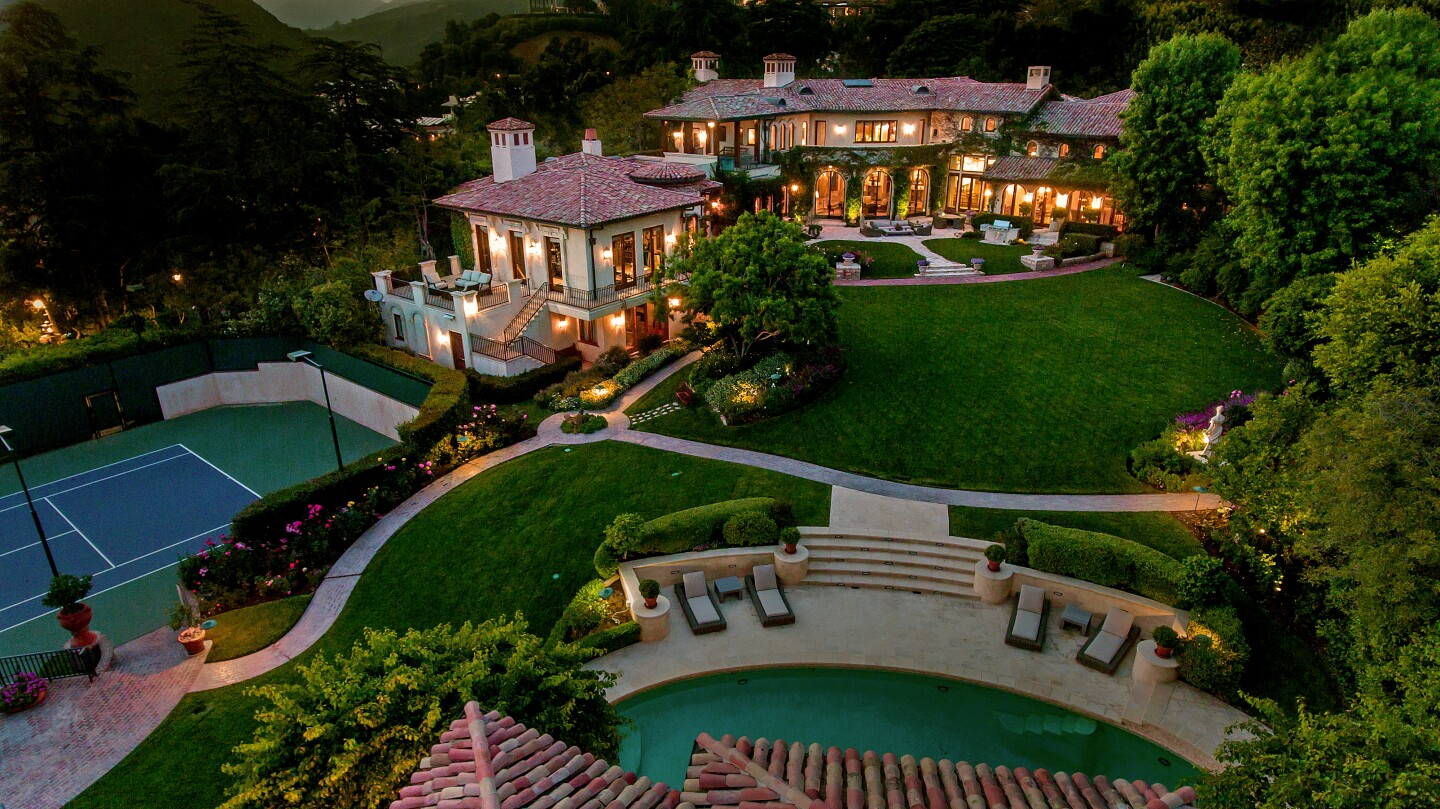 Hot Property | Sugar Ray Leonard