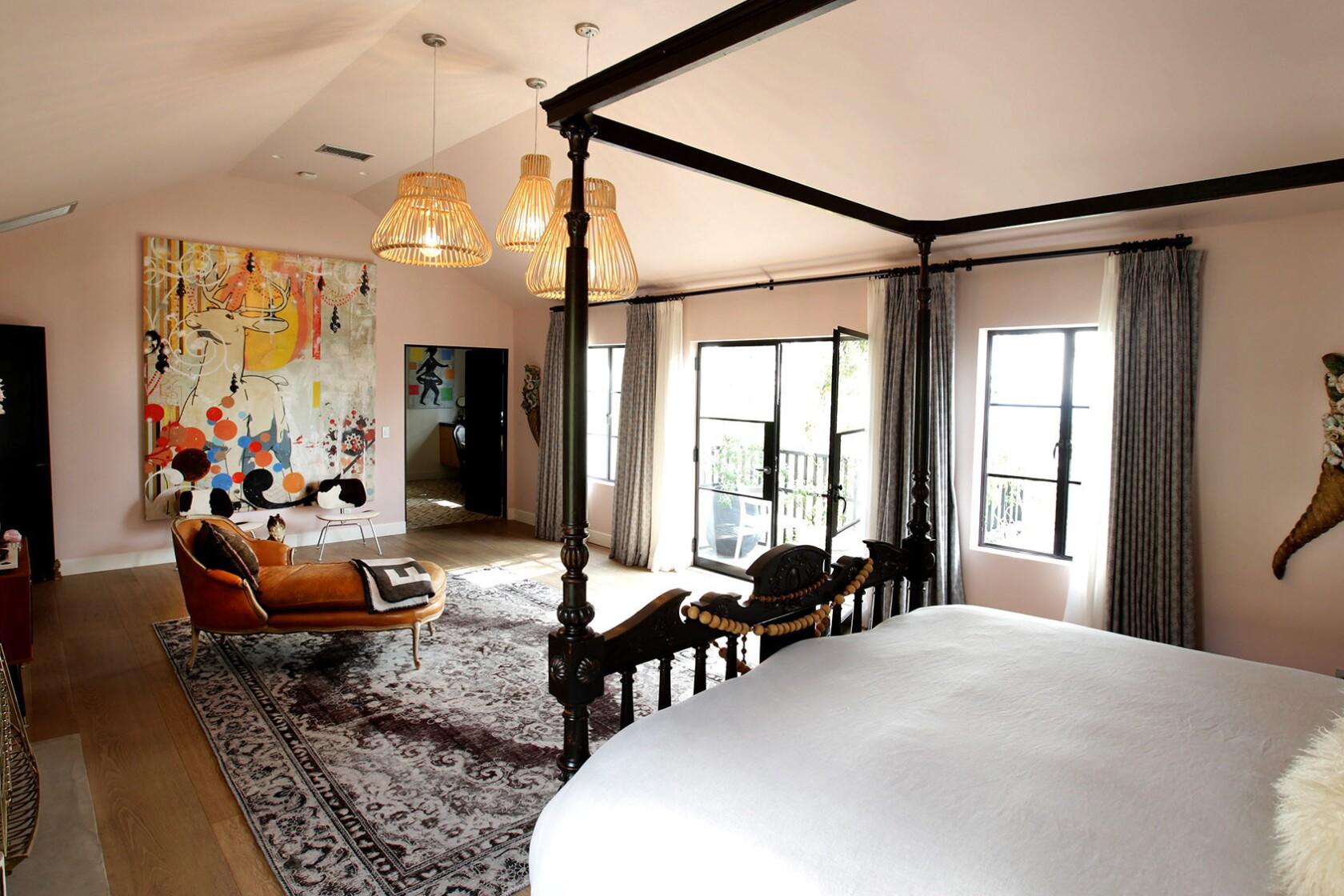 My Favorite Room In Cortney Novogratz S Castle The Design Aesthetic Is Egalitarian Los Angeles Times