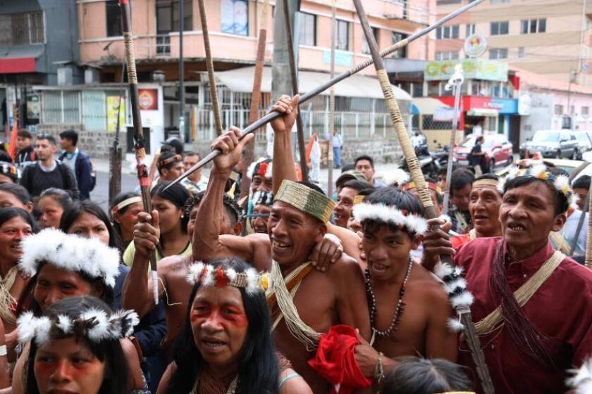 Ecuador Indians demand that authorities protect their rights, defend Amazon