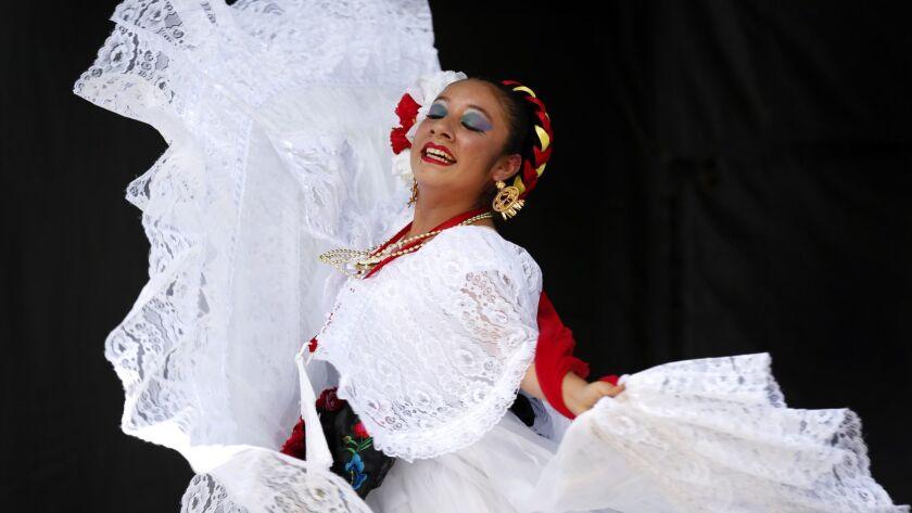 344834_May 21, 2015. San Diego, CA. Anissa Quintero of Ballet Folkforico Libertad (Logan He
