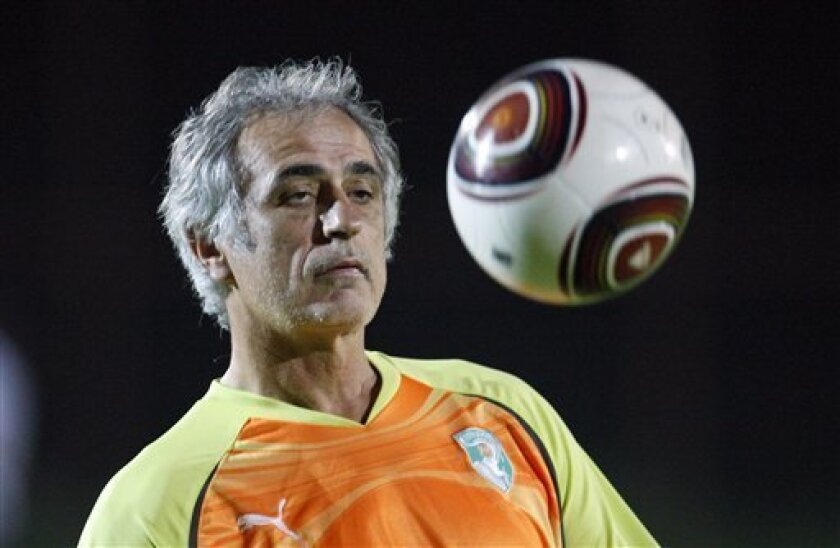 Ivory Coast's coach Vahid Halilhodzic attends a training session during the African Cup of Nations Group B, in Cabinda, Angola, Wednesday, Jan. 13, 2010. (AP Photo/Darko Bandic)