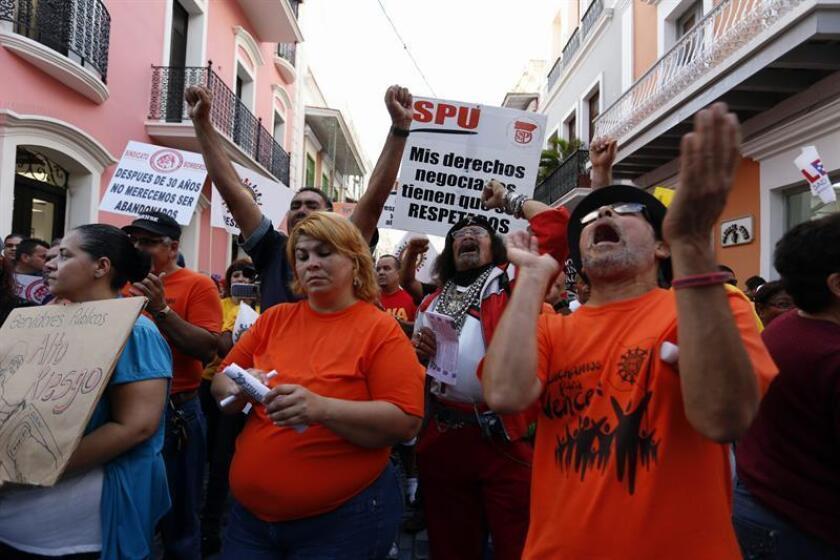 """El presidente del Senado de Puerto Rico, Thomas Rivera Schatz, no descarta enmiendas a la """"Ley de Transformación y Flexibilidad Laboral"""", proyecto que provoca el rechazo frontal de los sindicatos por entender que empeorará las condiciones de trabajo. EFE/ARCHIVO"""