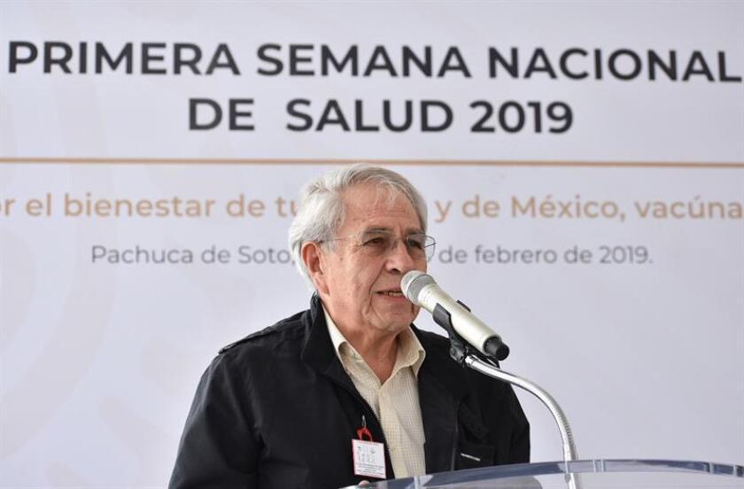 Fotografía cedida este sábado muestra al titular de la Secretaría de Salud de México, Jorge Alcocer Varela, durante un acto protocolario en la ciudad de Pachuca en el estado de Hidalgo (México). EFE/Secretaria de Salud/SOLO USO EDITORIAL