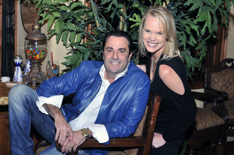 Hosts Mike and Ilene Lamb