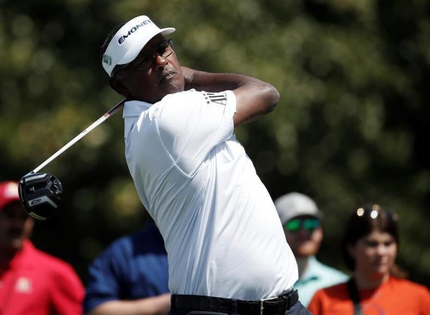 Vijay Singh, ganador del PGA en 1998 y 2004 y del Masters en 2000, entregó el tercer día una tarjeta de 65 (-5), la mejor de la jornada, con seis birdies por un solo bogey. EFE/Archivo