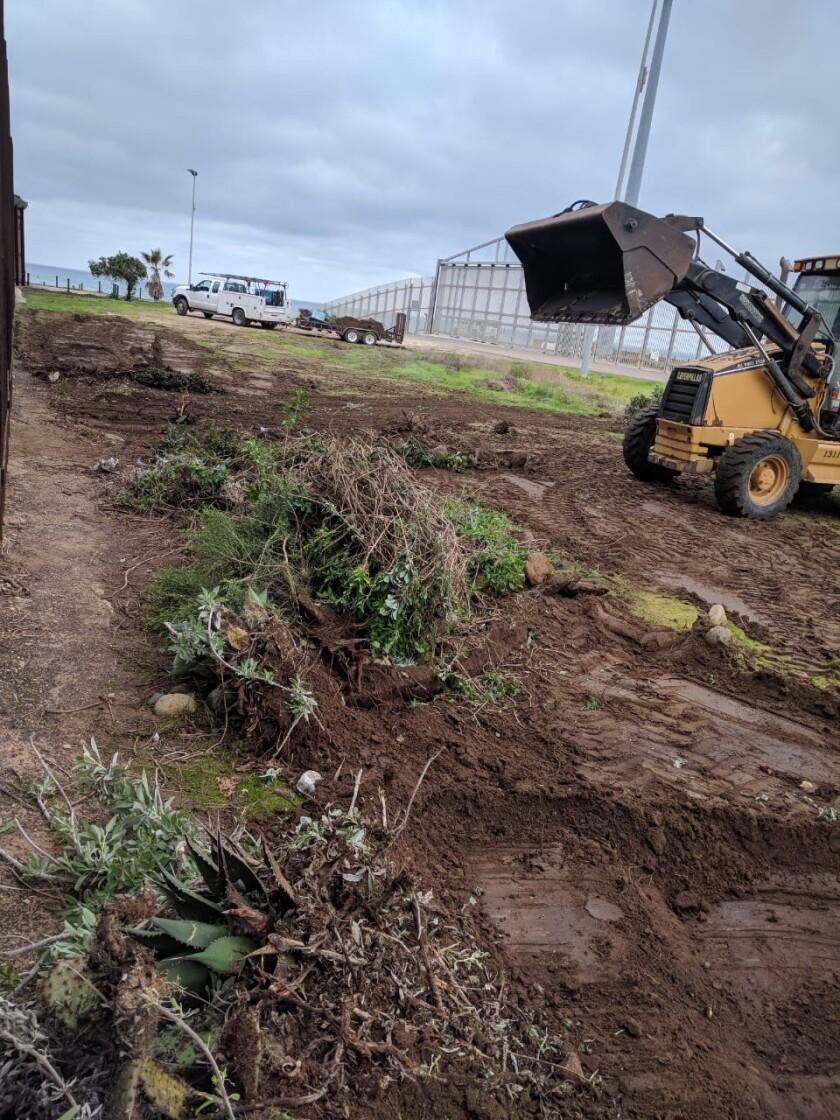 Binational garden is razed