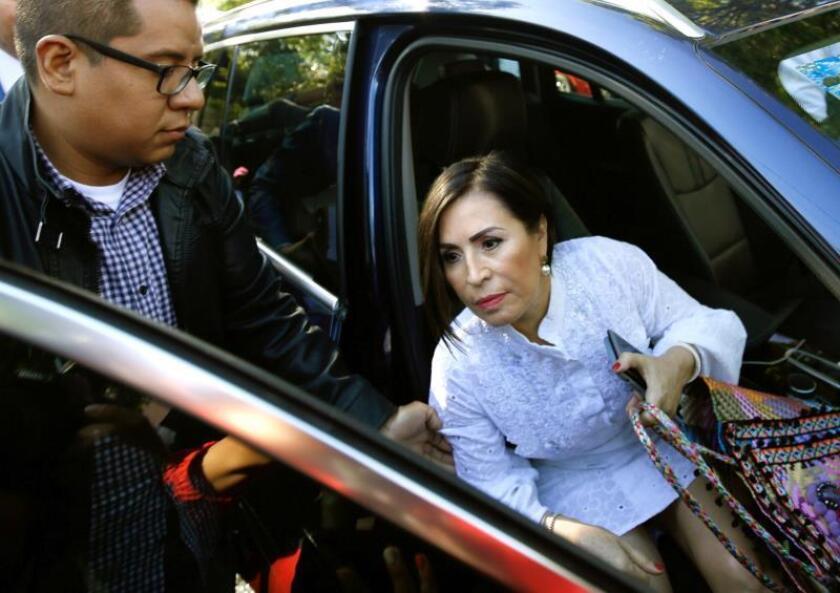 Rosario Robles, exministra en el Gobierno de Enrique Peña Nieto (2012-2018), llega para comparecer este jueves, ante un juez en el Reclusorio Sur de Ciudad de México (México). EFE/ Madla Hartz