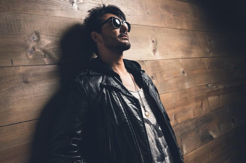 Una imagen promocional del cantante chileno Beto Cuevas, que ha retomado su carrera como solista.