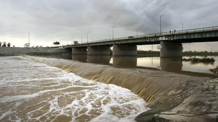 la-me-1224-water-storms_
