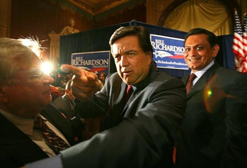 MANY HANDS TO GO: New Mexico Gov. Bill Richardson, who holds a world record for the most handshakes in eight hours (13,392), says he has risen in polls but still is backed by only 10% of voters.