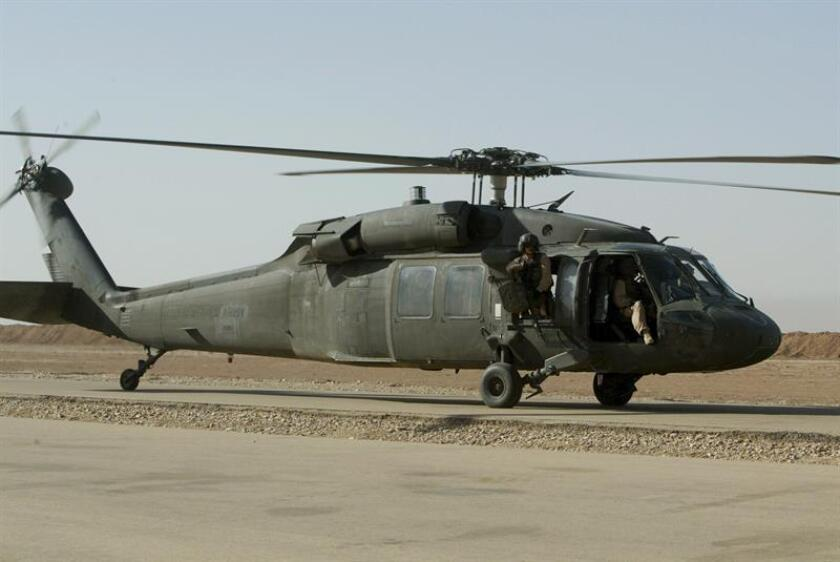 El Departamento de Defensa divulgó hoy la identidad del soldado estadounidense muerto este domingo en Irak cuando viajaba en un helicóptero que sufrió un accidente cuando tomaba parte en una misión de apoyo a las tropas de la coalición internacional que combate el terrorismo en la región. EFE/Archivo