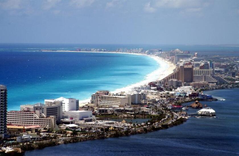 Fotografía que muestra una panorámica de Cancún, en el caribe mexicano. EFE/Archivo