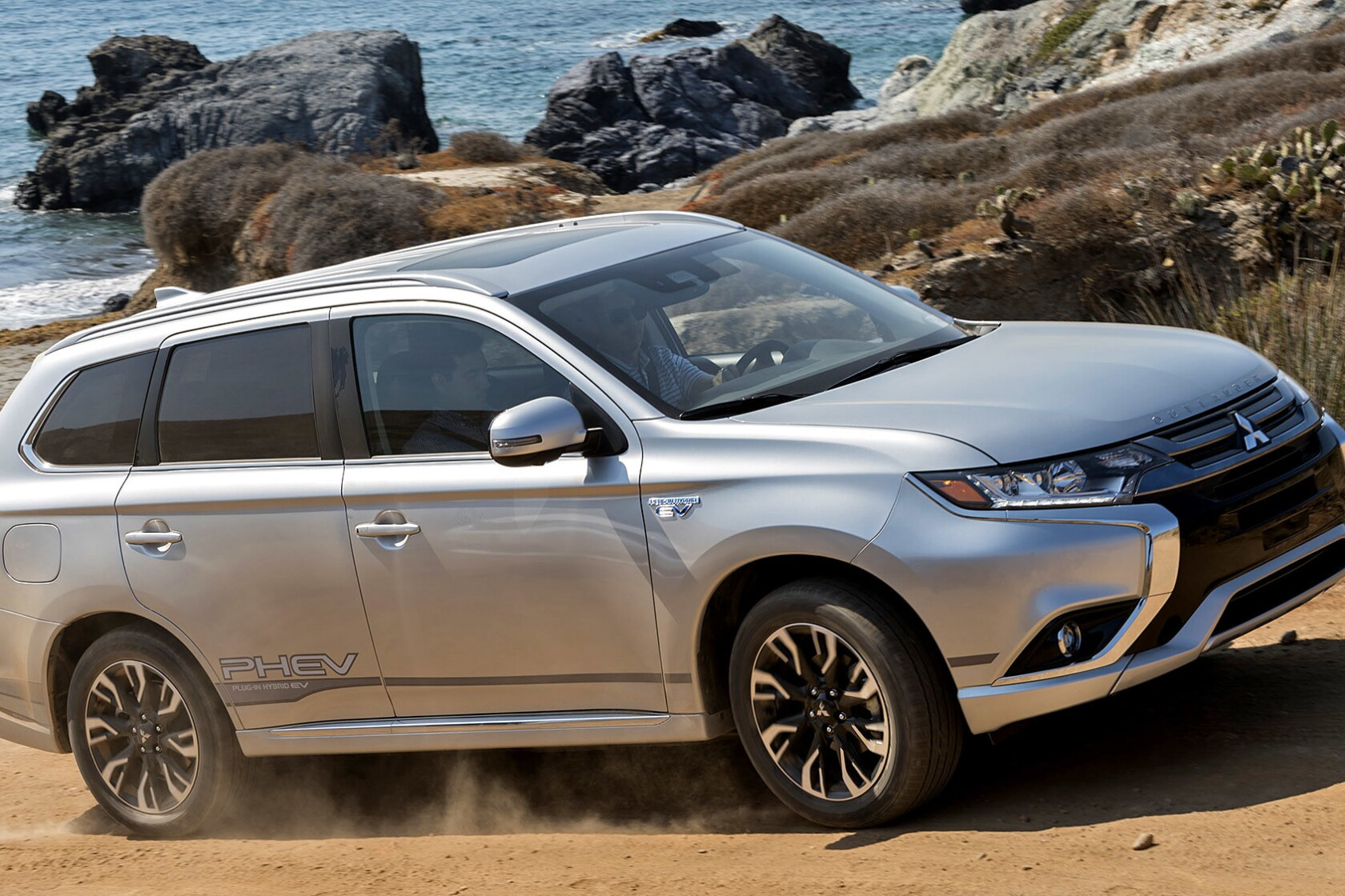 Review: Mitsubishi Outlander PHEV is plug-in, off-road ready