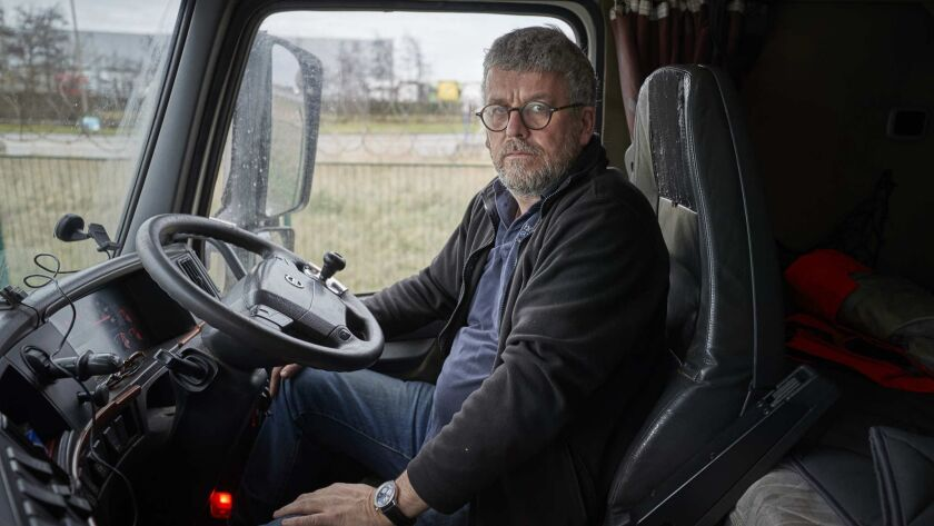 3070716_la-fg-brexit-calais CALAIS, FRANCE: Simon Wilkinson, a British lorry driver, who runs the