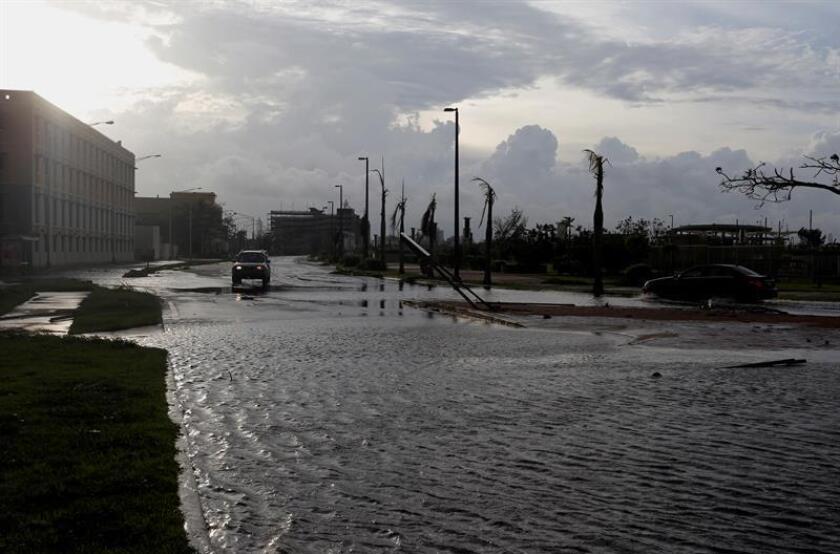 El Servicio Nacional de Meteorología en San Juan emitió hoy una advertencia de inundaciones para varios municipios de la costa norte y oeste de Puerto Rico. EFE/Archivo
