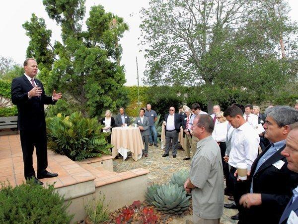 Mayor Faulconer addresses a group in Rancho Santa Fe