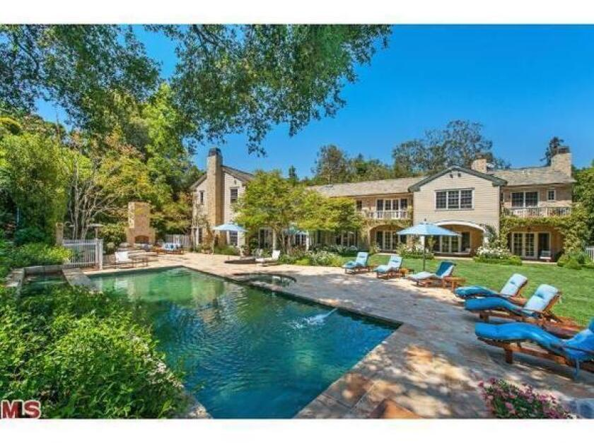 """Cougar Town's"" Christa Miller and Bill Lawrence have priced their home at $10.995 million this time around."