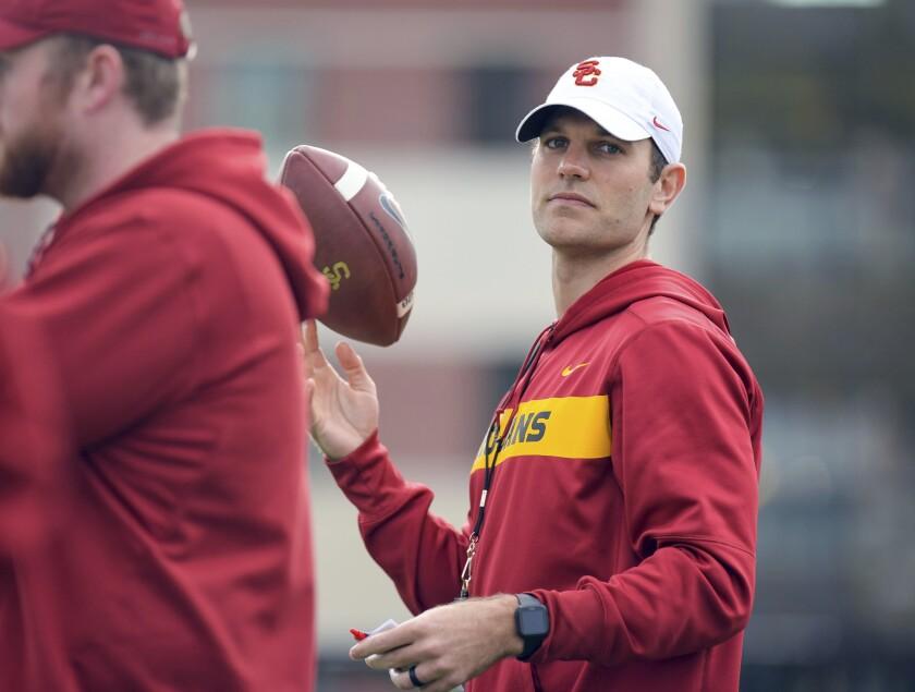 USC's Graham Harrell interviews for Eagles' offensive coordinator job