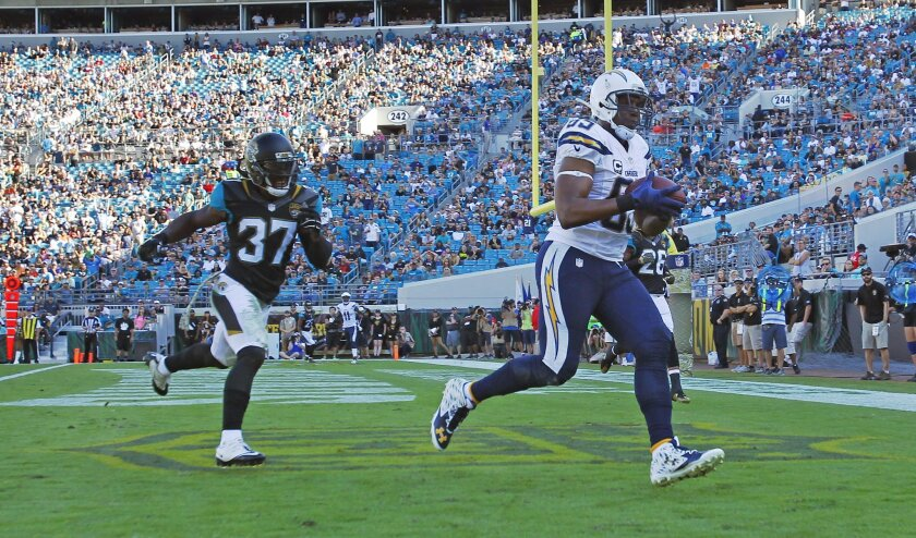 San Diego Chargers Antonio Gates catches a touchdown in front of Jacksonville's Johnathan Cyprien in the 2nd quarter. (K.C. Alfred/ San Diego Union-Tribune)