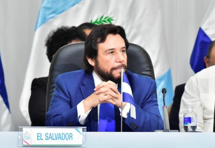 Félix Ulloa, vicepresidente de El Salvador, participa en la XVII Cumbre de Tuxtla, realizada en el centro de convenciones Copantl en la ciudad de San Pedro Sula (Honduras), el 23 de agosto de 2019. EFE/José Valle/Archivo