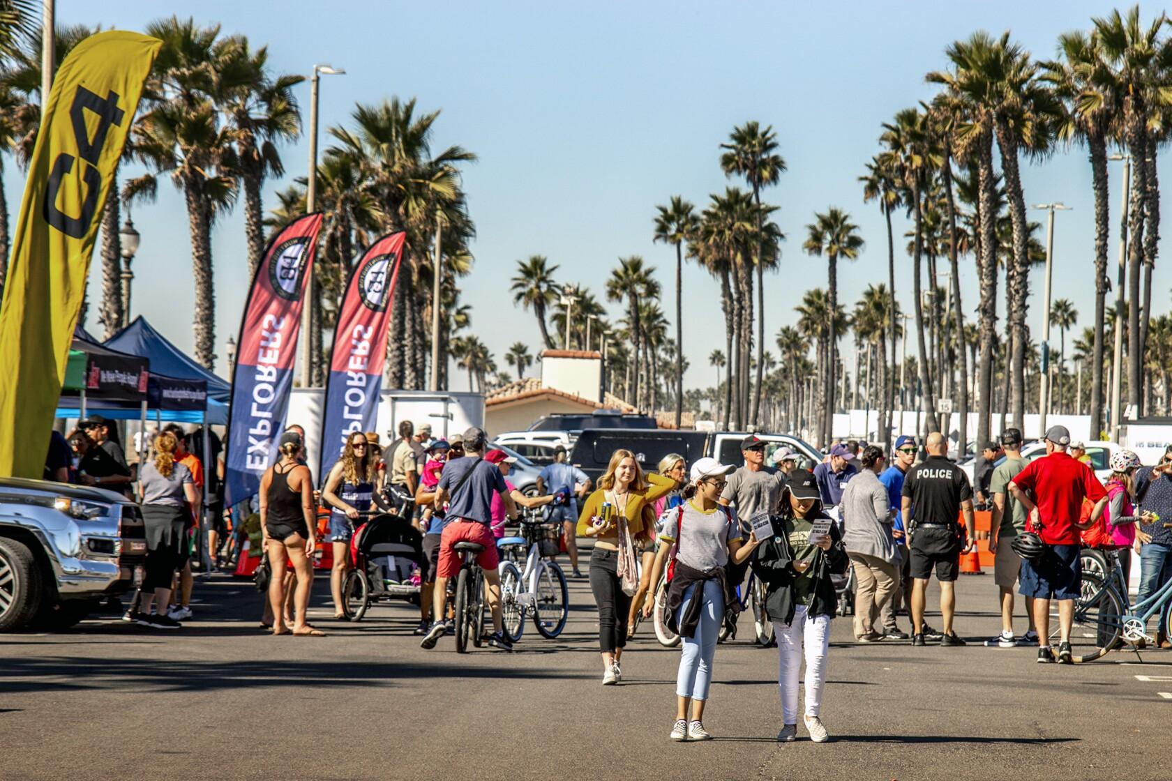Huntington joins 21-mile Beach Boulevard block party