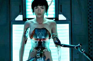 'Ghost In The Shell' movie review by Justin Chang