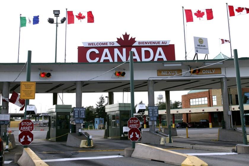 The U.S.-Canada border crossing in Buffalo, N.Y., in 2005.