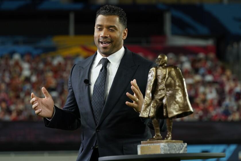 En foto del 5 de febrero del 2021, el quarterback de los Seahawks de Seattle Russell Wilson