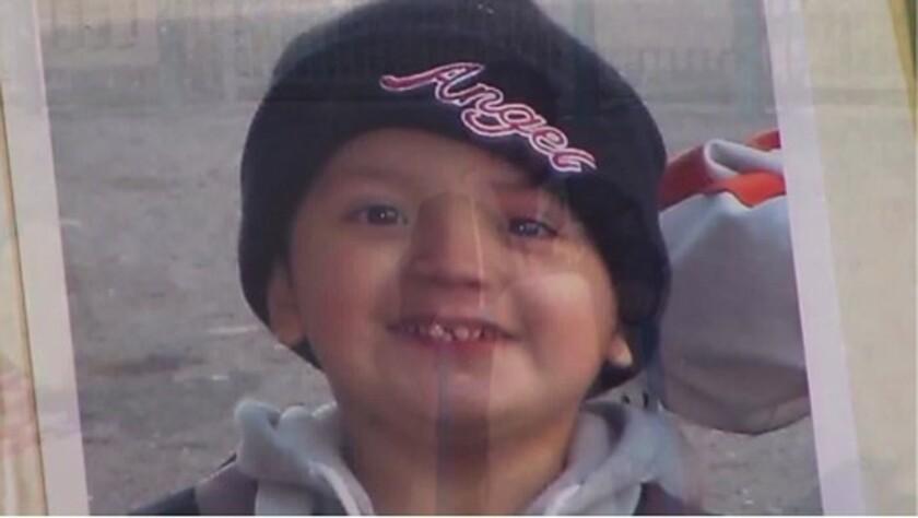 El cuerpo esquelético de Yonatan Daniel Aguilar, de 11 años, fue hallado en un armario en la casa de su familia, en Echo Park (KTLA-TV Channel 5).