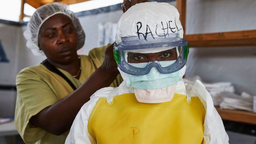 Dressing to treat Ebola victims in the Democratic Republic of Congo
