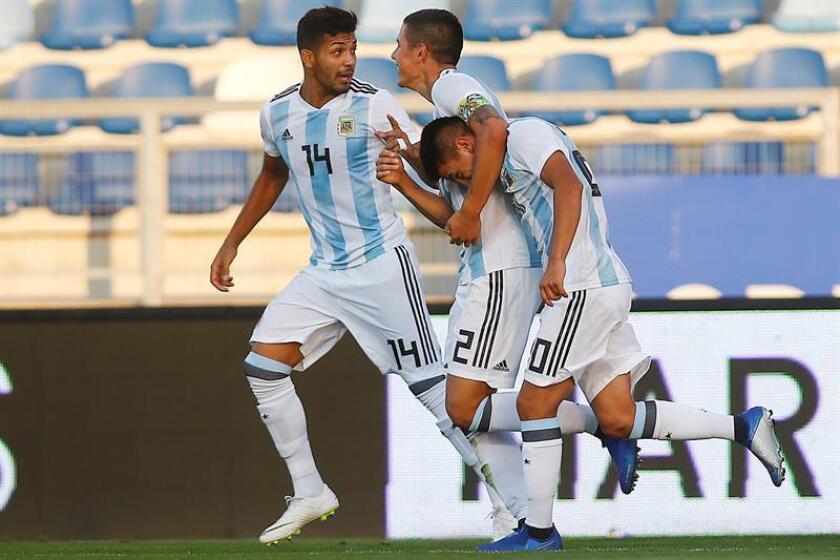 Argentina busca recuperarse frente a una Colombia que sigue huérfana de gol