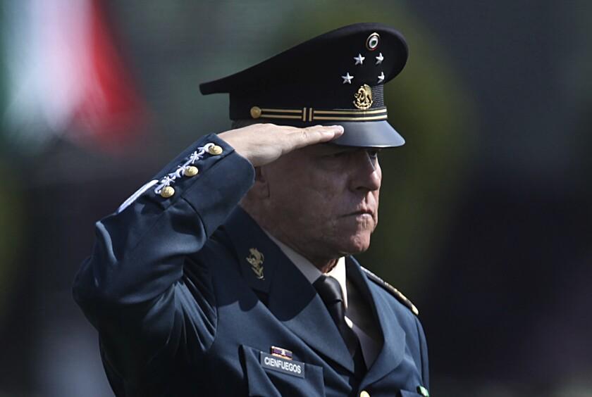 ARCHIVO - , el secretario de Defensa Nacional, general Salvador Cienfuegos Zepeda,
