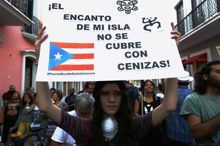 Organizaciones multisectoriales unieron hoy sus fuerzas para protestar y crear un movimiento único contra un depósito de cenizas de carbón en el sur de Puerto Rico, que, consideran, afecta a la salud y el medio ambiente. EFE/archivo
