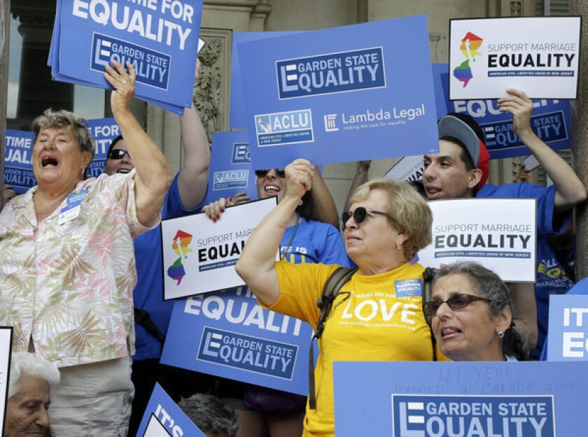 New Jersey court hears arguments to allow gay marriage