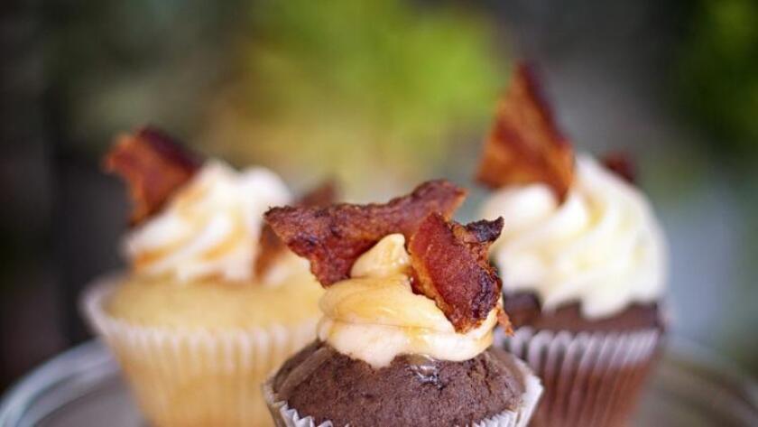 Bacon cupcake (/ Jeremy Ball - Bottle Branding)