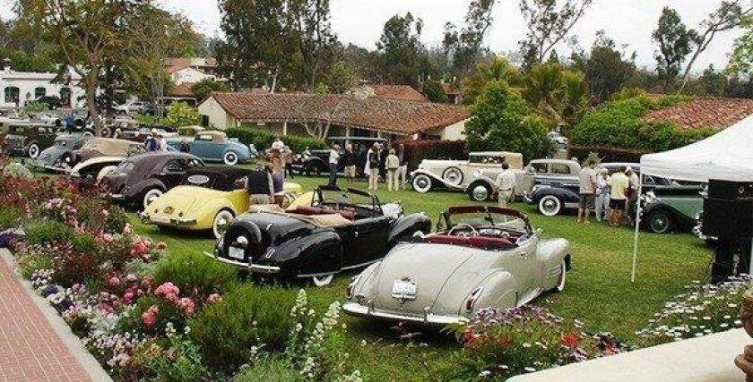 Car Show Sundays in San Marcos
