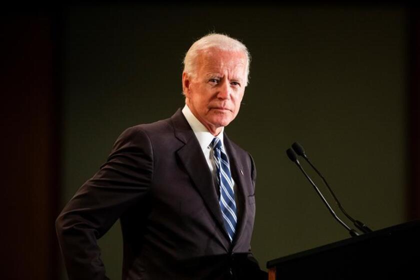 El ex vicepresidente estadounidense Joe Biden ofrece un discurso durante un evento en la Asociación Internacional de Bomberos, el 12 de marzo de 2019 en Washington, Estados Unidos. EFE/Archivo