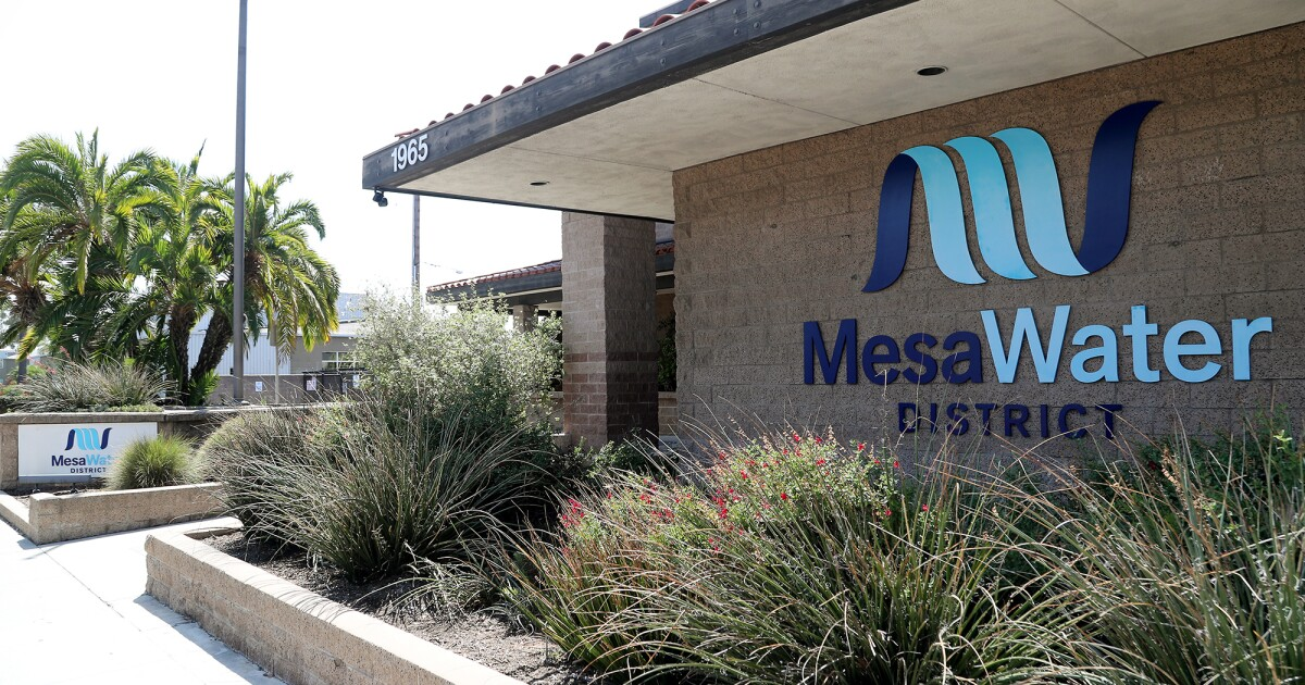 Candidates' interest in seats on Mesa Water, Costa Mesa Sanitary district boards percolates - Los Angeles Times