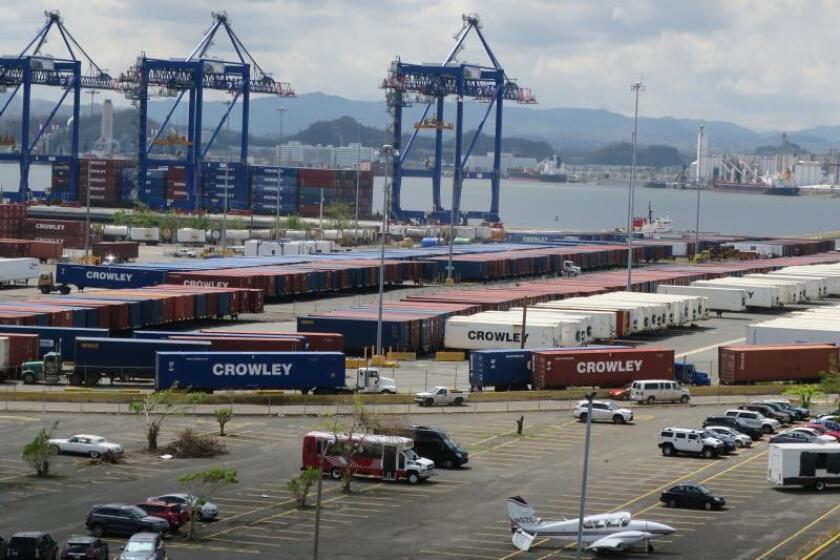 Tráfico camiones y carga fluye con normalidad en San Juan tras nuevo sistema