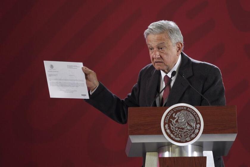El presidente de México, Andrés Manuel López Obrador, habla durante una rueda de prensa hoy en Ciudad de México (México). EFE