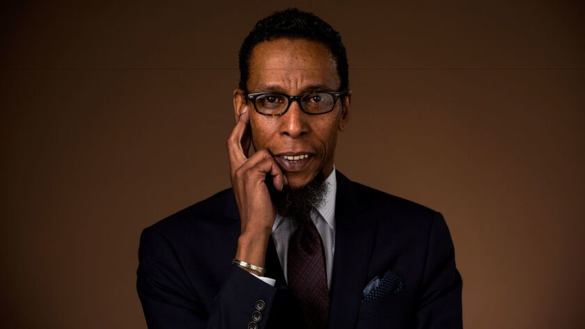 """LOS ANGELES, CA - MAY 09, 2017 - Actor Ron Cephas Jones from the TV series """"This Is Us,"""" photographe"""