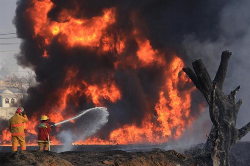 Una estación de compresión de la empresa Petróleos Mexicanos (Pemex) en el estado de Tamaulipas, al noroeste de México, sufrió hoy una explosión sin que, por ahora, se hayan reportados heridos. EFE/Archivo